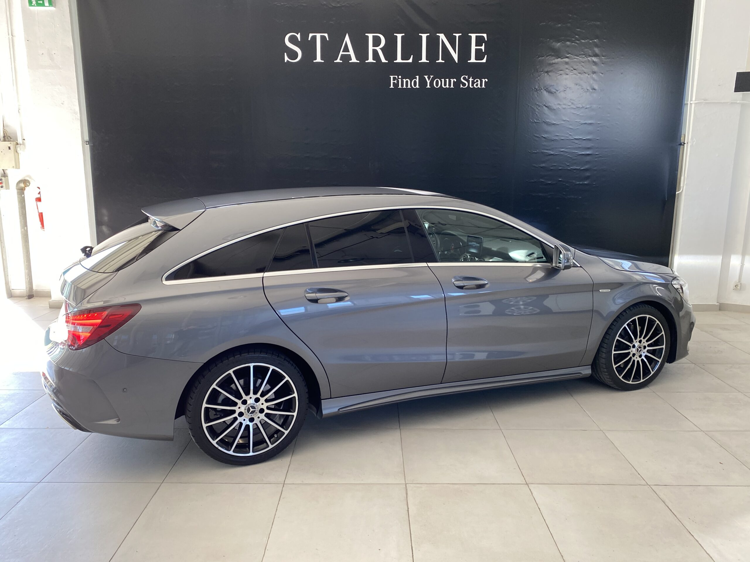 Mercedes-Benz CLA 220 d Shooting Brake 7G AMG