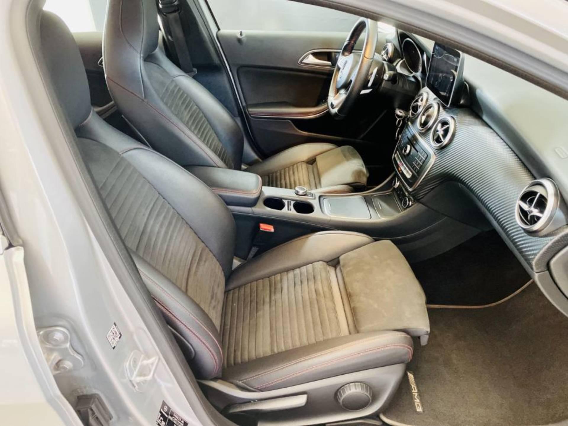 Mercedes Benz A 180 d AMG LINE 7G