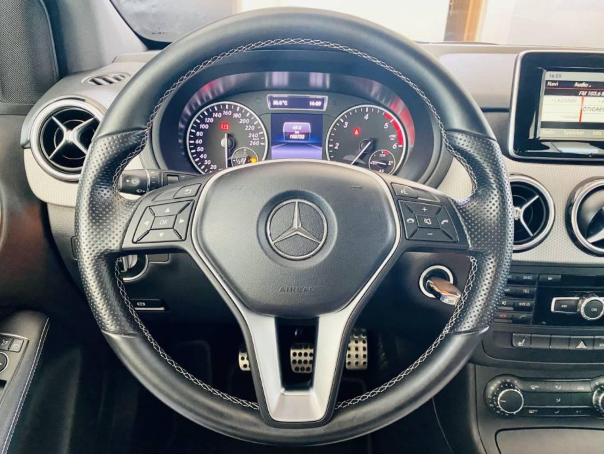 Mercedes Benz B 180 CDI SPORT