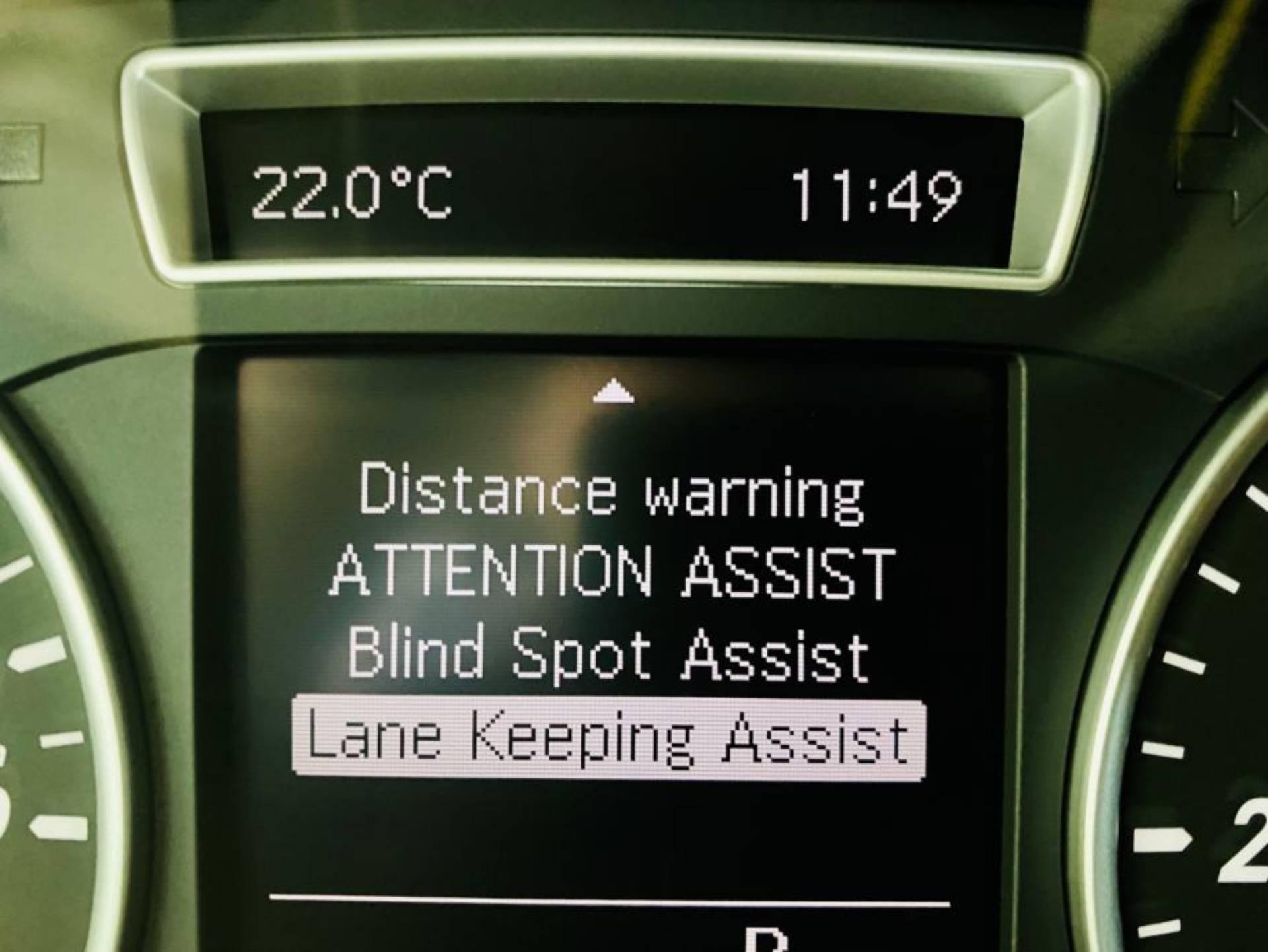 Mercedes-Benz-B-180-CDI-STYLE-7G