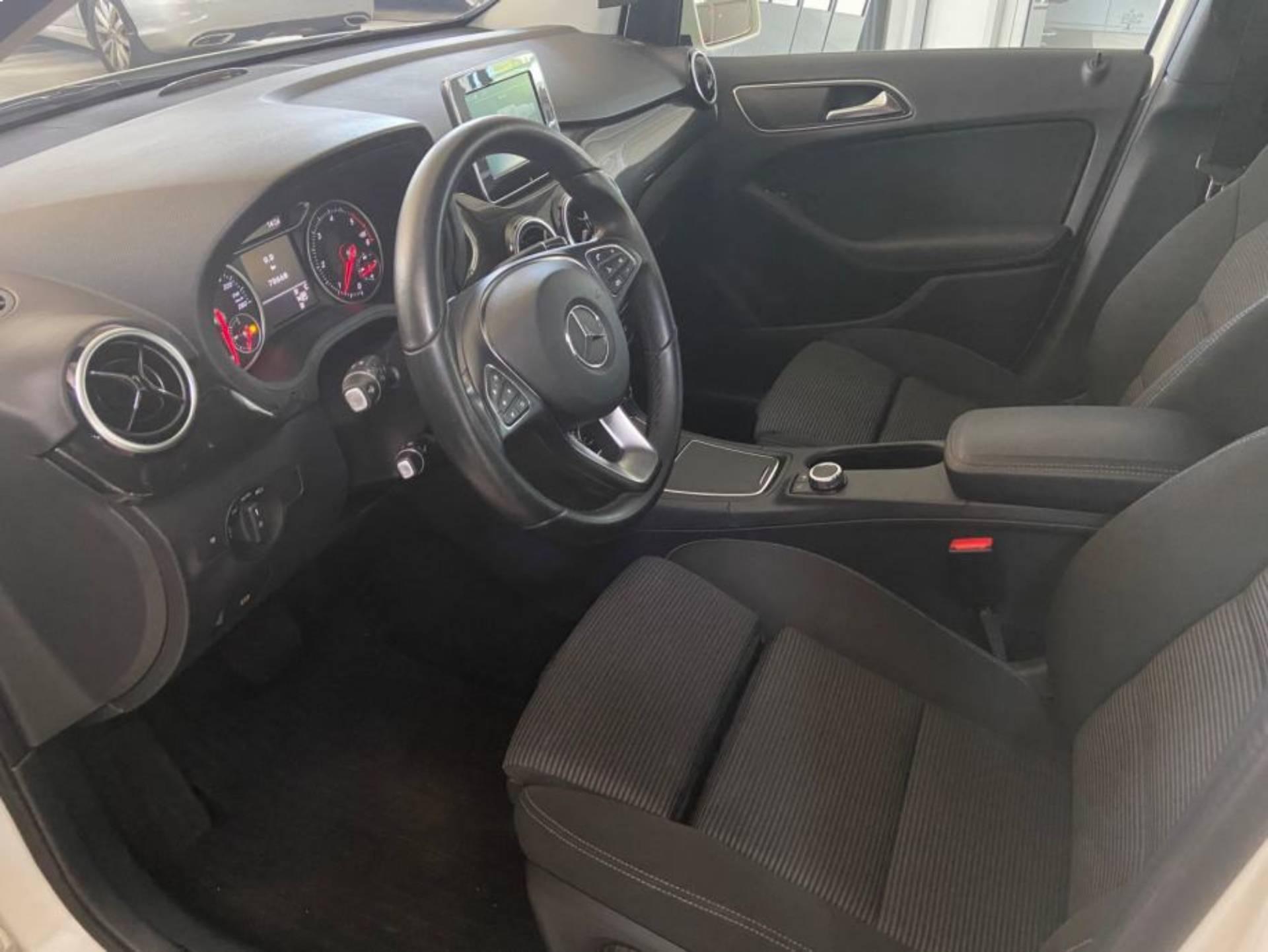 Mercedes Benz B 180 d BUSINESS