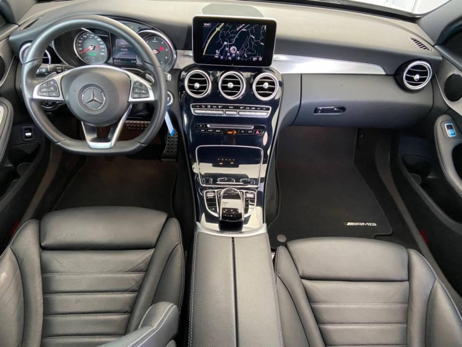 Mercedes Benz C 220 d T AMG LINE