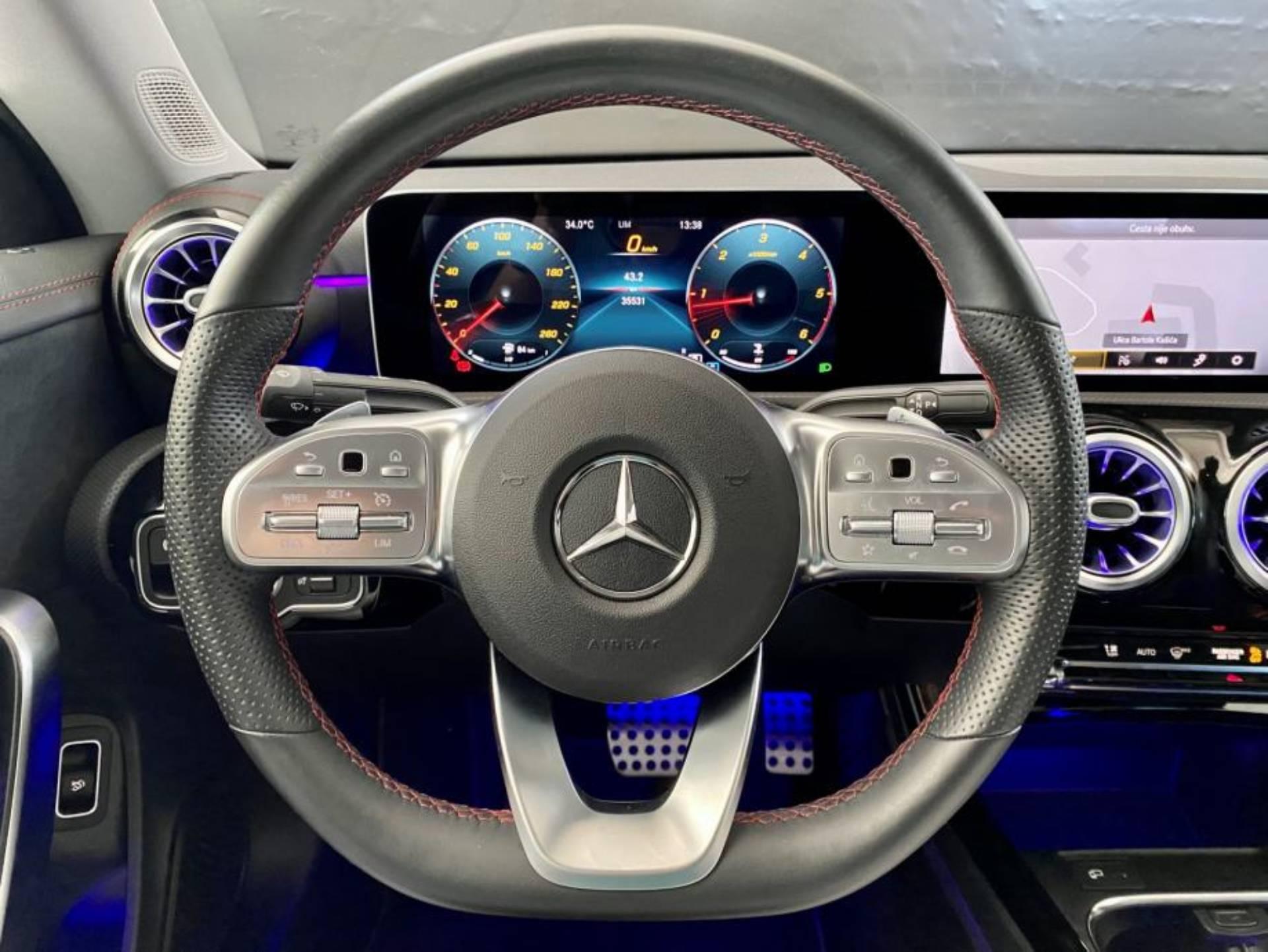 Mercedes-Benz CLA 200 d AMG Line 8G