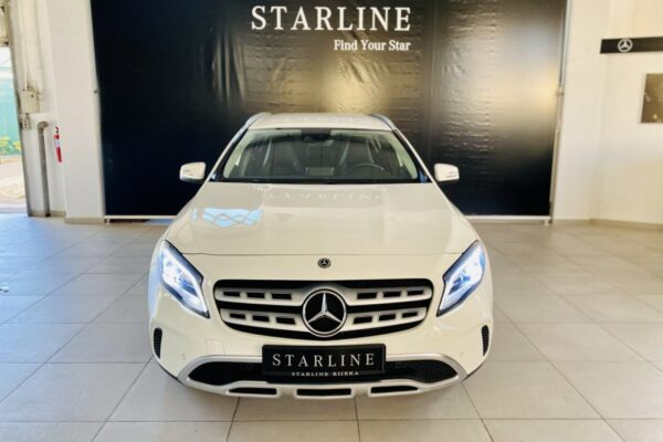 Mercedes-Benz GLA 200 d 4MATIC URBAN 7G