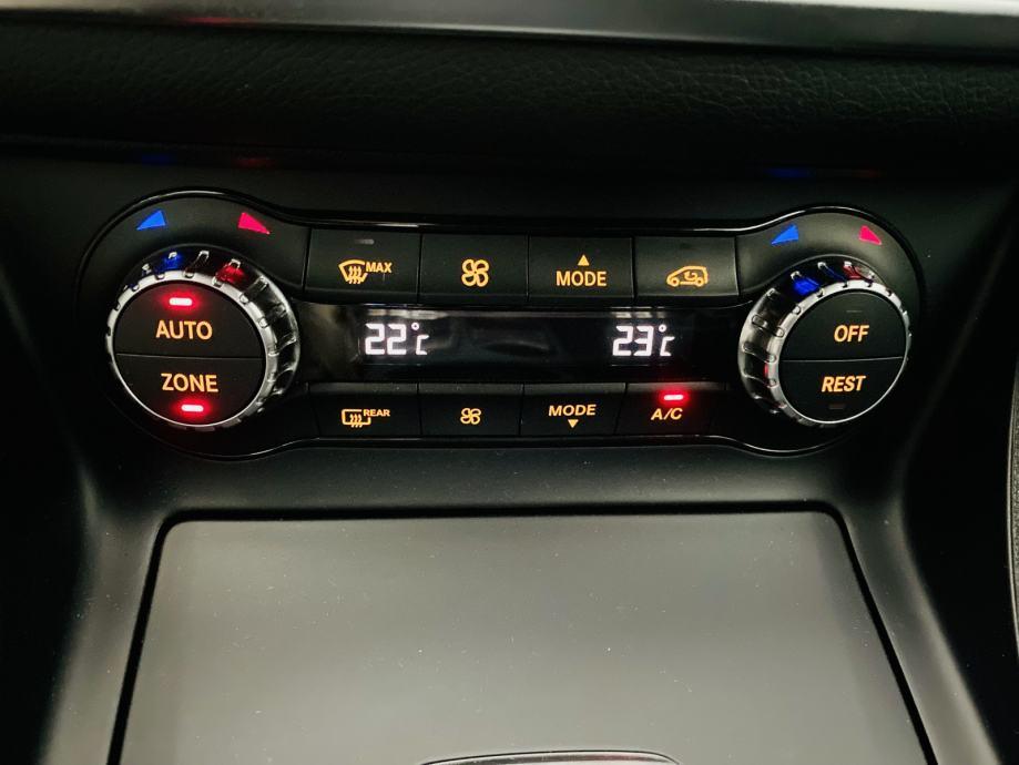Mercedes-Benz GLA 220 cdi 4MATIC URBAN 7G