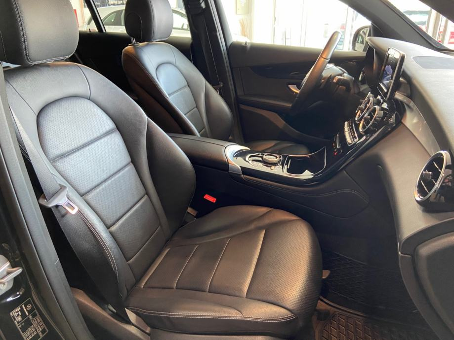 Mercedes-Benz GLC 220 d COUPE AMG LINE 9G